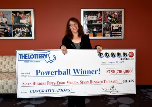 Mavis ganadora de Powerball